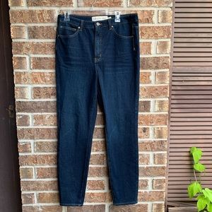 Soft surroundings dark blue jeans
